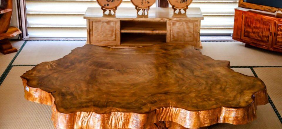 大きな栃の輪切り座卓